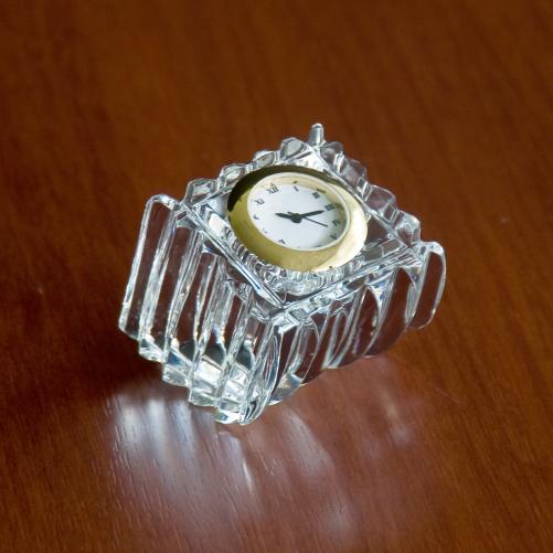 Sea Saw Swing Crystal Glass Desk Clock