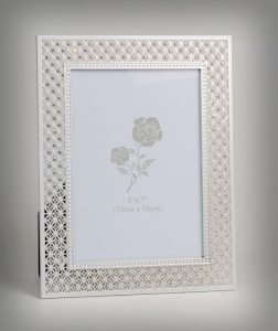 PF1092 - Luxury Picture Frame with Silver Plated and Brilliant Crystals for 5x7 Photo